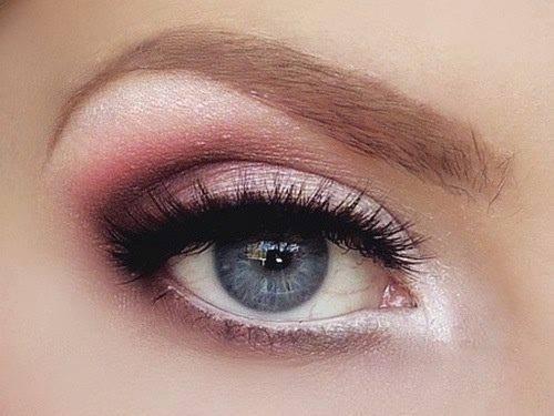 maquillage yeux rose et blanc. Black Bedroom Furniture Sets. Home Design Ideas